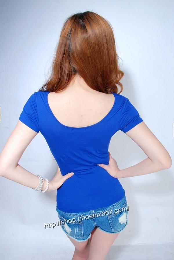 ボディコン通販の商品:半袖Tシャツ・ブルーE9081・素人着用写真4