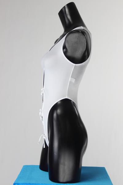 エロ下着の通販商品:ハイレグレオタード・白・93947・イメージ写真2