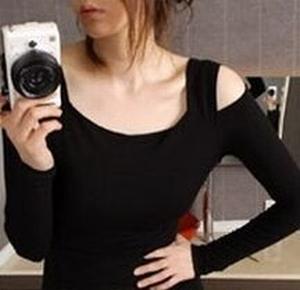 ボディコン通販の商品:肩見せオフショルダー・タイトワンピ・黒6537・イメージ写真3