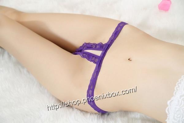 エロ下着の通販商品:フロントopenカット・股開きTバックJP822・紫・イメージ写真