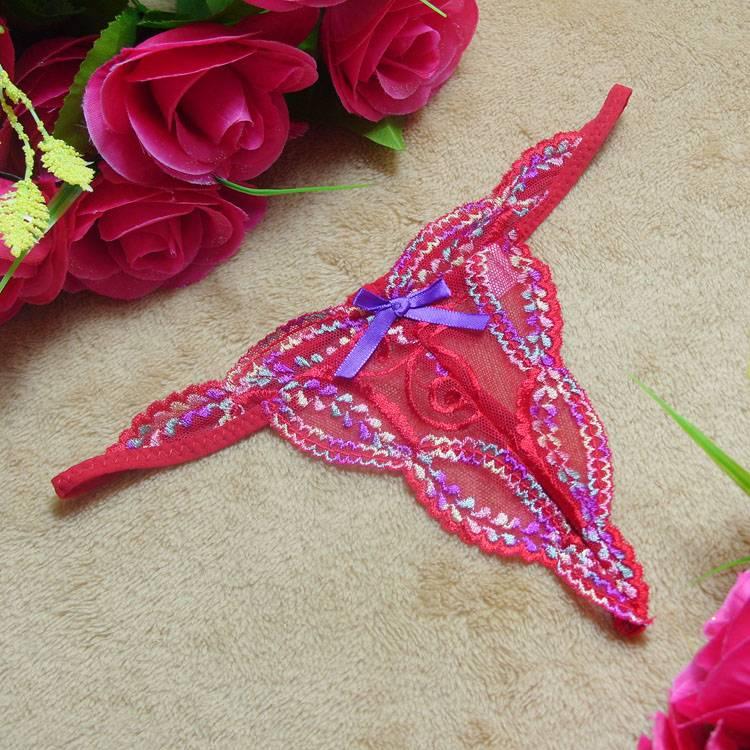 エロ下着の通販商品:シンプルの刺繍入りレースTバックST7142・赤・イメージ写真