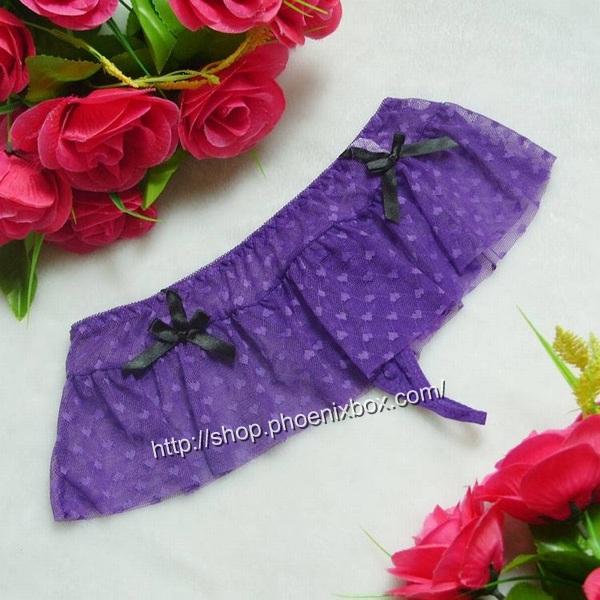 エロ下着の通販商品:フリル付きのメッシュTバック・紫・イメージ写真