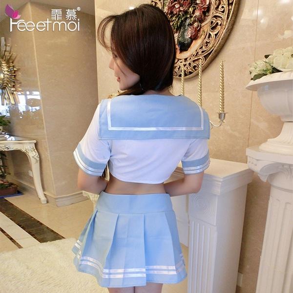 ミニスカのセーラー服・水色9949・イメージ写真2