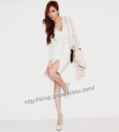 エロ下着の通販商品:ファスナー付のタイトスカート・白P158・素人着用写真3